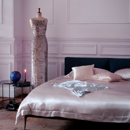 Pink satin bedroom | Decorating ideas for glamorous ...