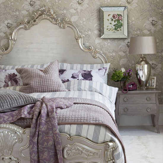 Glamorous bedroom decorating ideas for Purple and silver bedroom designs