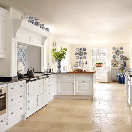 Country Kitchen Ideas Uk: Open-plan Country Kitchen