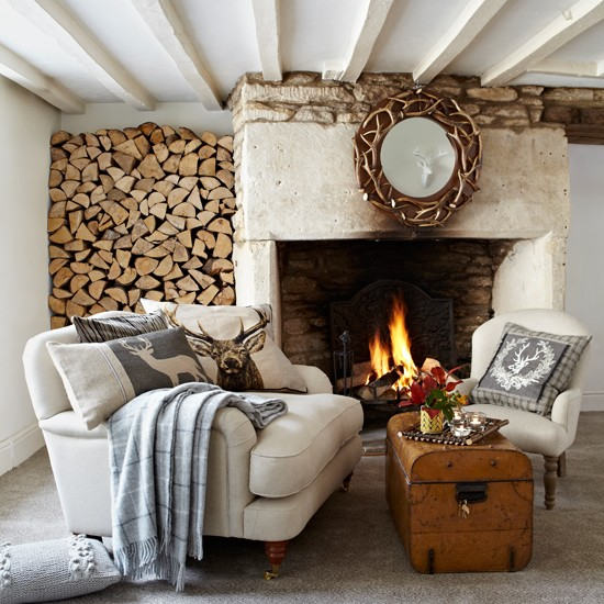 Rustic country living room for Country home decorating ideas pinterest