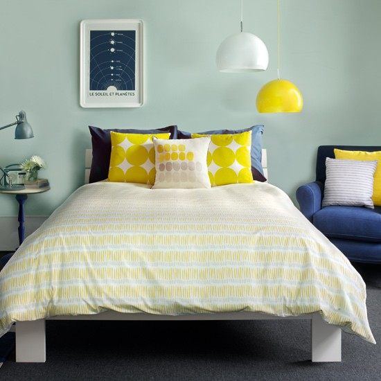 Navy blue and yellow bedroom images - Blue white yellow bedroom ...