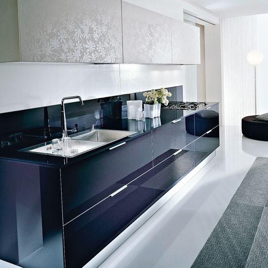Two tone kitchen contemporary kitchen ideas for Two tone kitchen ideas