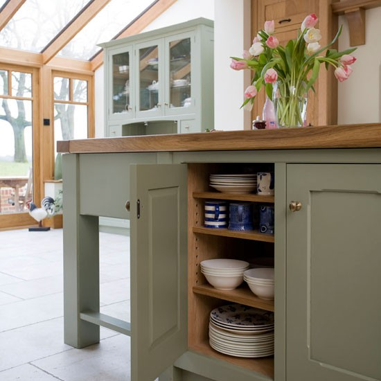 Island storage | Take a tour around a painted country-style kitchen | PHOTO GALLERY | Beautiful Kitchens | Housetohome