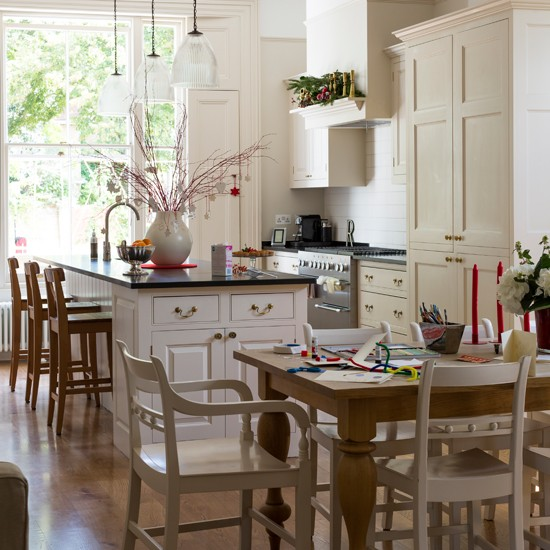 Housetohome Co Uk: Cream And Wood Kitchen-diner