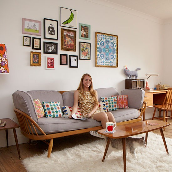 Take a tour around chloe 39 s colourful retro inspired home for Vintage style living room ideas