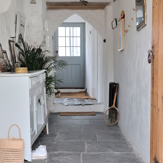 Dom korytarz on pinterest hallways small hallways and hallway ideas - Country cottage hallways ...