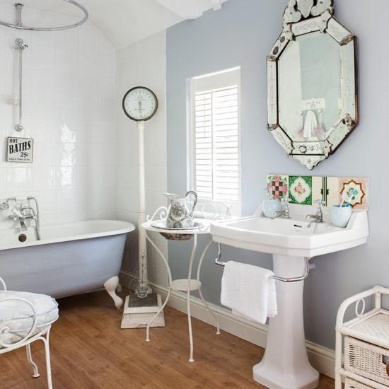 Bathroom take a tour around karen 39 s gorgeous home full for French style bathroom ideas