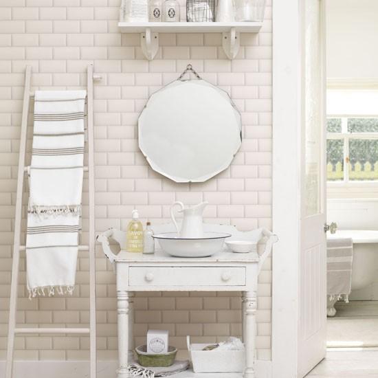 Fresh white scheme | Bathroom | PHOTO GALLERY | Ideal Home | Housetohome