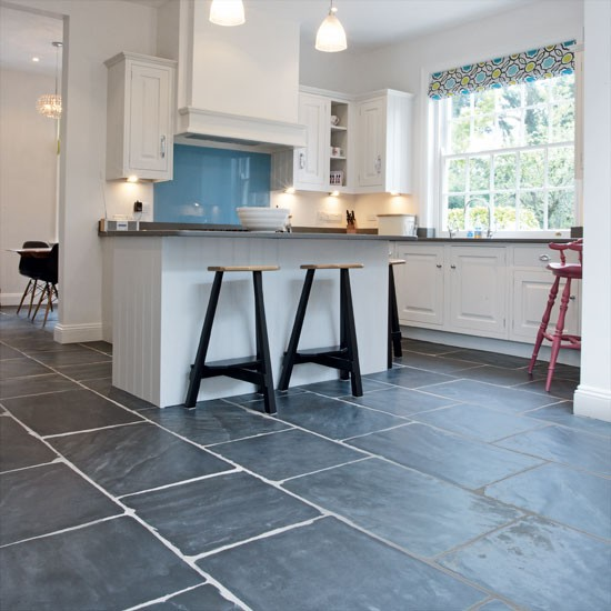Slate flooring kitchen flooring ideas for Kitchen flooring ideas uk