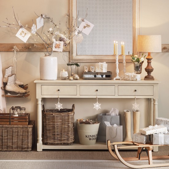 Cream hallway with console table housetohomecouk for Cream hall table