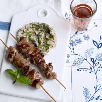 Lamb brochettes with aubergine caviar
