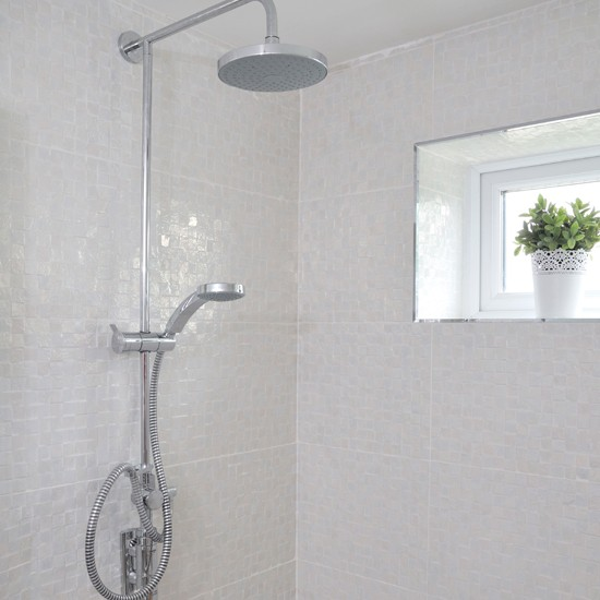 white tiled bathroom with shower modern decorating ideas best 25 black white bathrooms ideas on pinterest