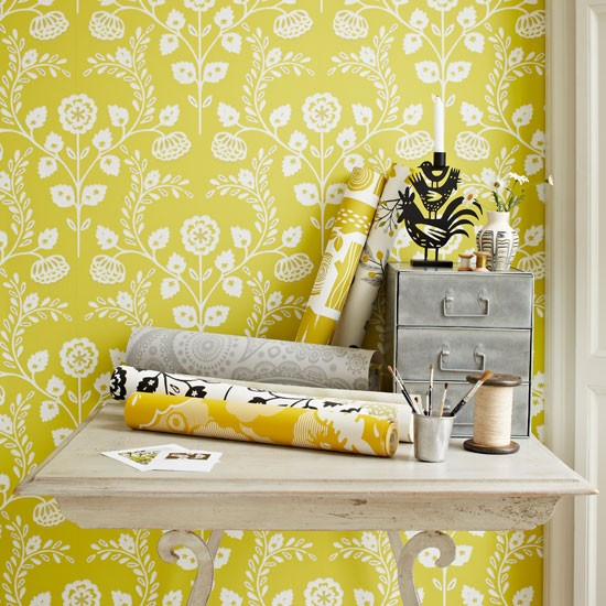 Tangy yellow wallpaper
