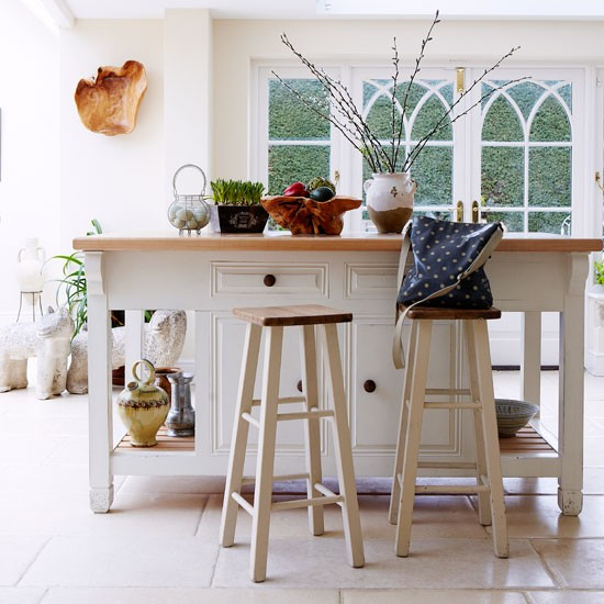 Kitchen island | PHOTO GALLERY | Country Homes and Interiors | Housetohome.co.uk