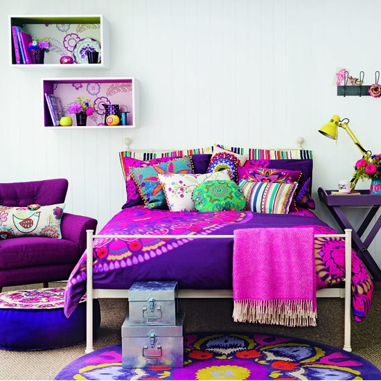 Bright boudoir teenage girls 39 bedroom ideas Teenage small bedroom ideas uk