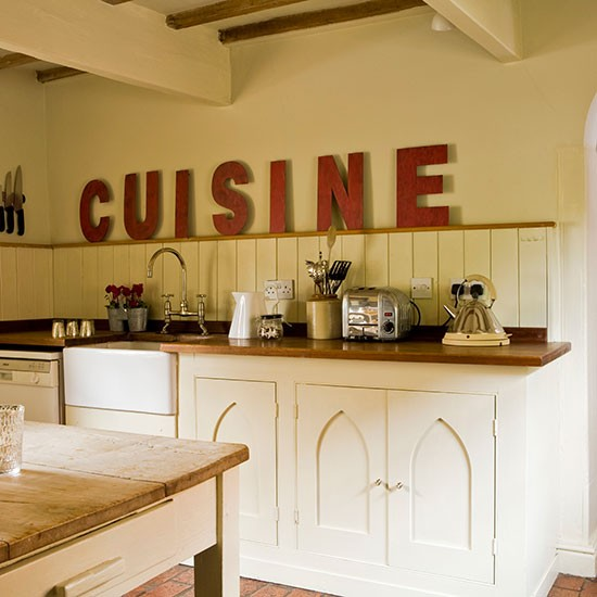 Kitchen | Georgian house tour in Lincolnshire | PHOTO GALLERY | Homes & Gardens | housetohome.co.uk