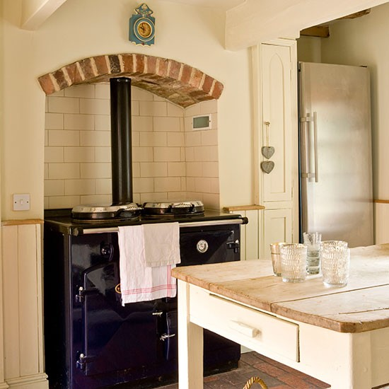 Kitchen range cooker | Georgian house tour in Lincolnshire | PHOTO GALLERY | Homes & Gardens | housetohome.co.uk