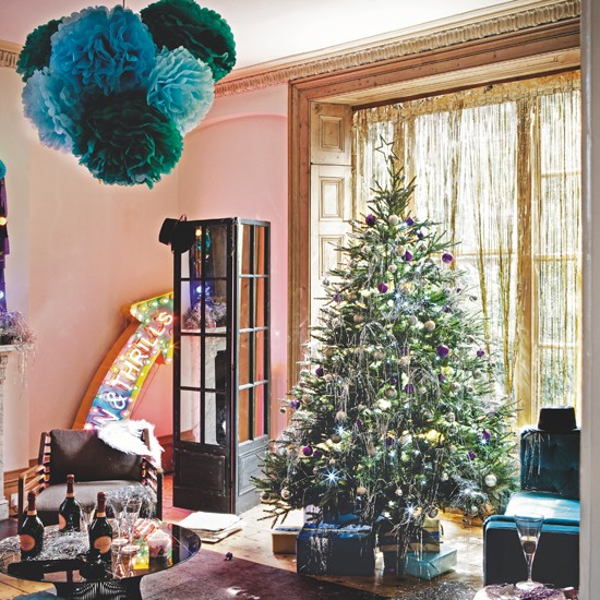 Christmas party living room for Christmas living room ideas uk