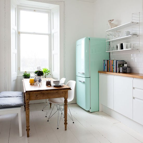 Kitchen diner take a tour of this smart tenement flat for Ideal home kitchen ideas