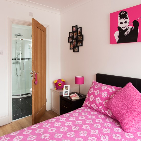 Teenage girl 39 s pink and white bedroom traditional - Pink and white teenage room ...