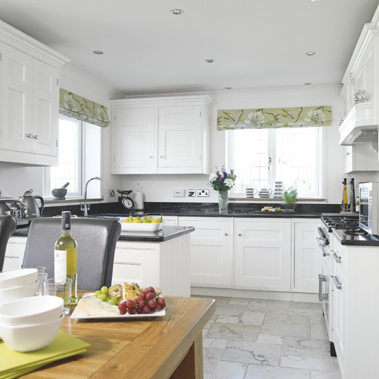 White Shaker Kitchen With Green Accents Housetohomecouk