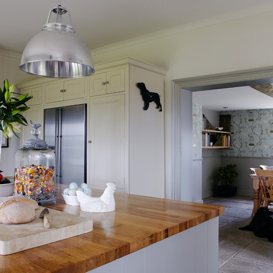 Grey-green Shaker Kitchen With Breakfast Bar