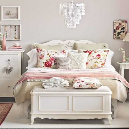 cream and floral bedroom bedroom decorating