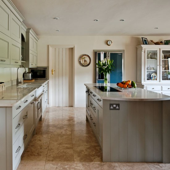 Country kitchen finishes | Kitchen | PHOTO GALLERY | Country Homes and Interiors | Housetohome.co.uk
