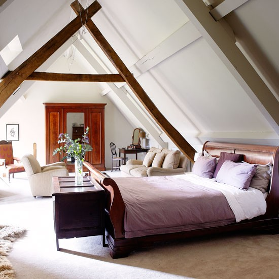 Main bedroom step inside this beautiful 17th century for Beautiful house tour