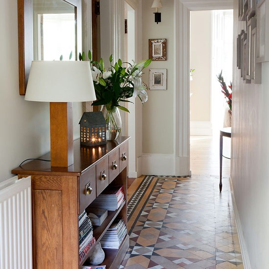Victorian tiled flooring flooring ideas for Tiled hallway floor ideas
