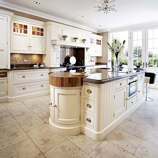 Classic cream kitchen traditional kitchen design ideas for Kitchen designs cream