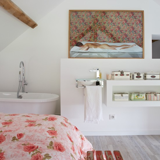 Bedroom en-suite | Rustic French retreat | House tour | PHOTO GALLERY | Livingetc | Housetohome.co.uk