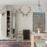 Neutral shabby chic dining room