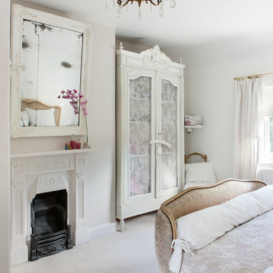 French Style Pretty Bedroom In Pure White Bedroom