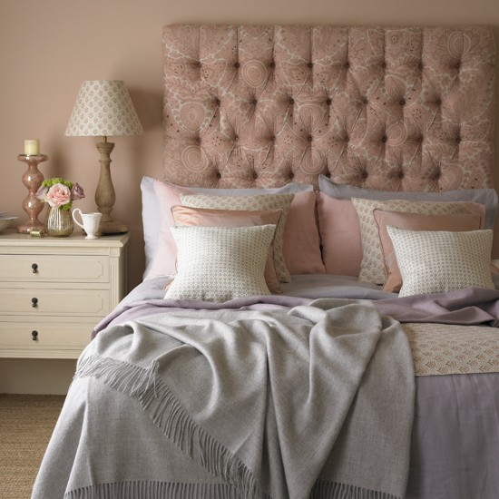 Pastel Pink Country Bedroom Decorating Ideas