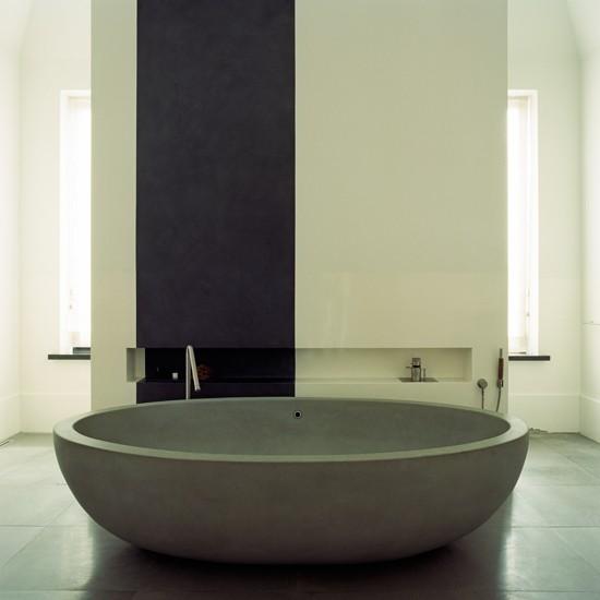 Minimalist Bathroom With Stone Bath Decorating