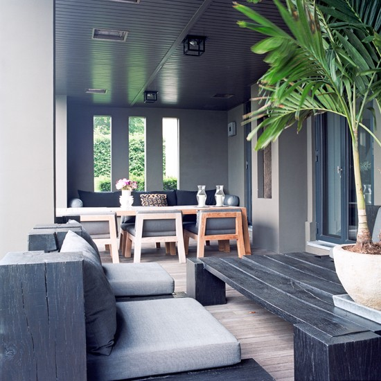 tropical inspired conservatory veranda. Black Bedroom Furniture Sets. Home Design Ideas