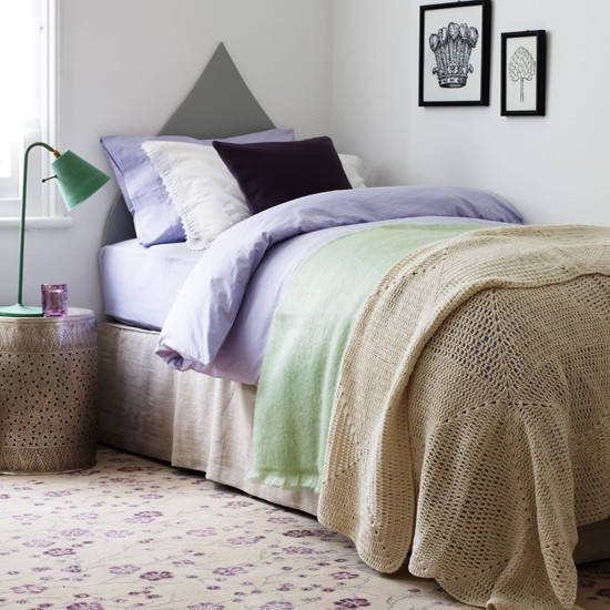 Lilac and neutral bedroom bedroom decorating ideas for Bedroom ideas lilac