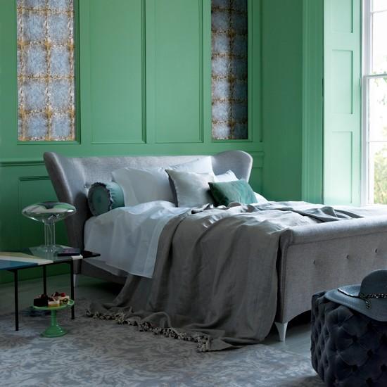 Serene Green Bedroom Bedroom Decorating Ideas