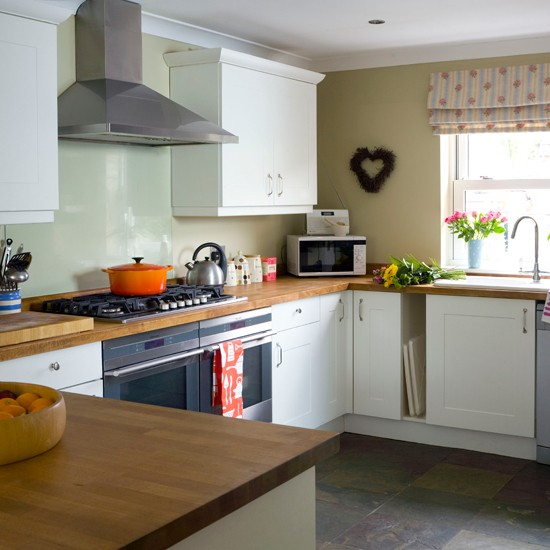 Kitchen Ideas Wooden Worktops: Beech Wood And White Kitchen