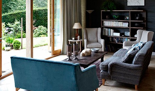 Take a look round this contemporary Cotswolds home