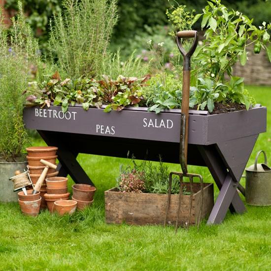 salad trough