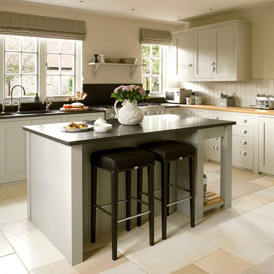 Kitchen | West Sussex home | House tour | PHOTO GALLERY | 25 Beautiful Homes | Housetohome.co.uk