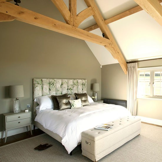 Master bedroom | West Sussex home | House tour | PHOTO GALLERY | 25 Beautiful Homes | Housetohome.co.uk