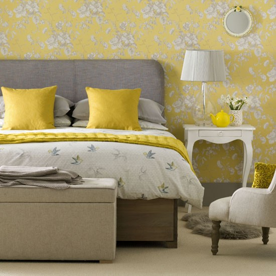 Grown up vintage bedroom vintage bedroom ideas for Bedroom ideas yellow and grey