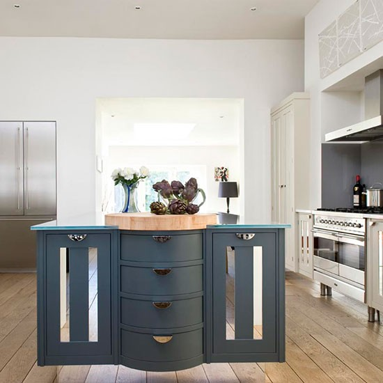Step Inside A Modern Painted Kitchen