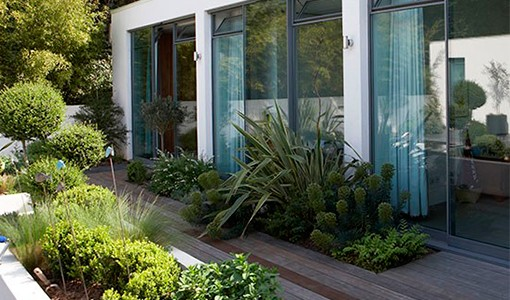 Contemporary gardens - 10 of the best ideas