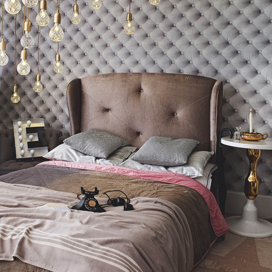 Grey velvet hotel style bedroom bedroom decorating ideas for Grey bedroom wallpaper