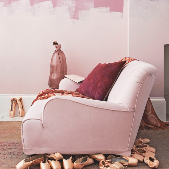 Delicate pink living room | Living room decorating ideas | Livingetc | Housetohome.co.uk