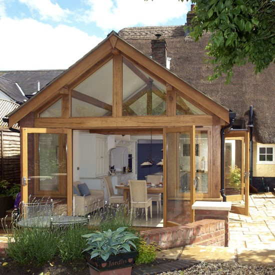 Country conservatory ideas 10 of the best urdu planet for Garden room designs uk